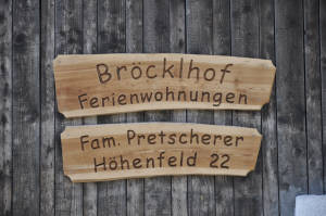Familie Pretscherer begrüßt Sie herzlich am Bröcklhof