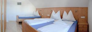 komfortables Schlafzimmer am Bröcklhof